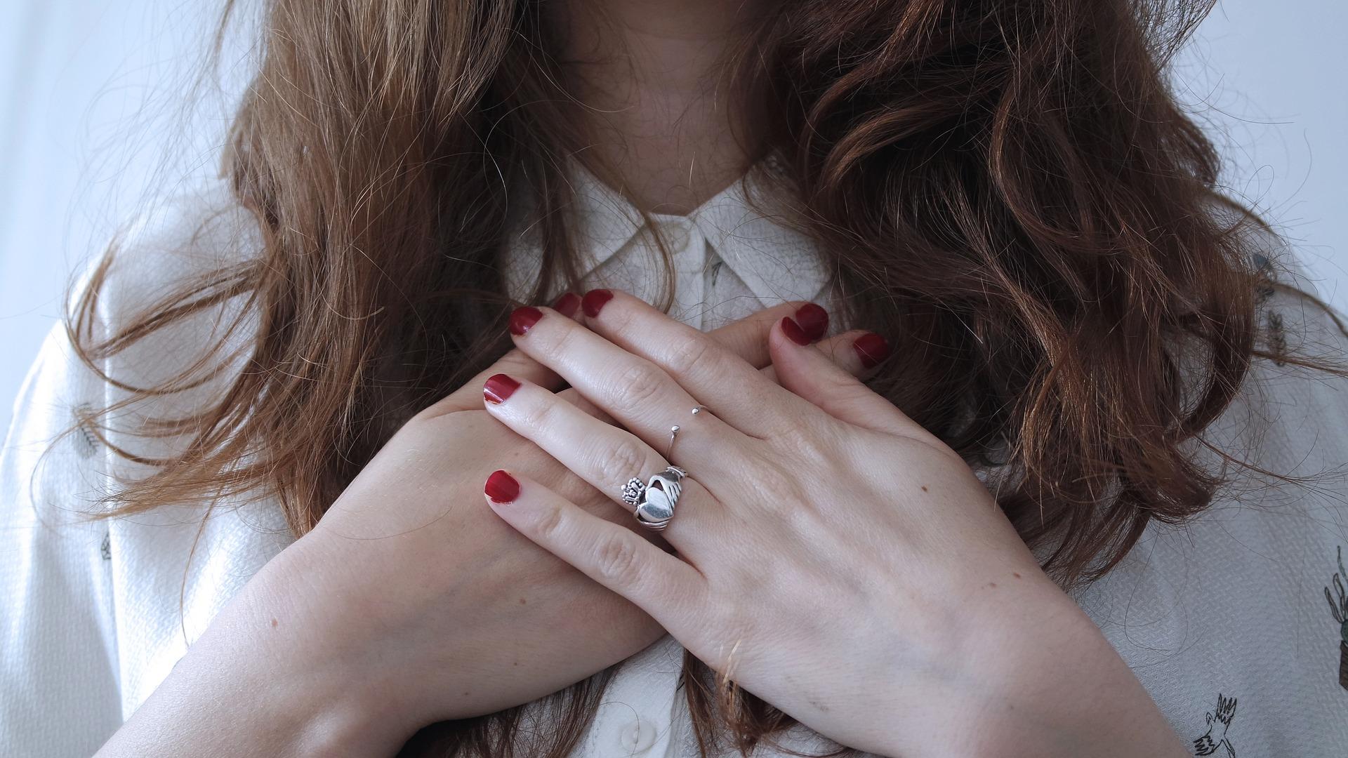 ¿Cuál es el significado de los anillos en los dedos?